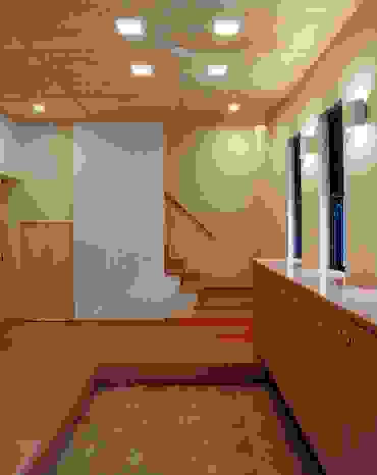 橿原の家 モダンな 窓&ドア の 株式会社 atelier waon モダン