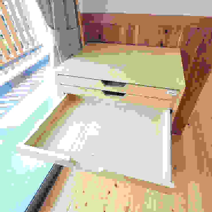 modern  von モリモトアトリエ / morimoto atelier, Modern Holz Holznachbildung