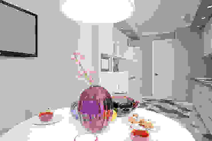 Квартира по ул. Щорса Кухня в стиле модерн от Студия интерьера МЕСТО Модерн