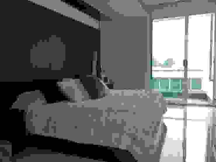Vista excepcional Dormitorios minimalistas de ARKIZA ARQUITECTOS by Arq. Jacqueline Zago Hurtado Minimalista Madera Acabado en madera