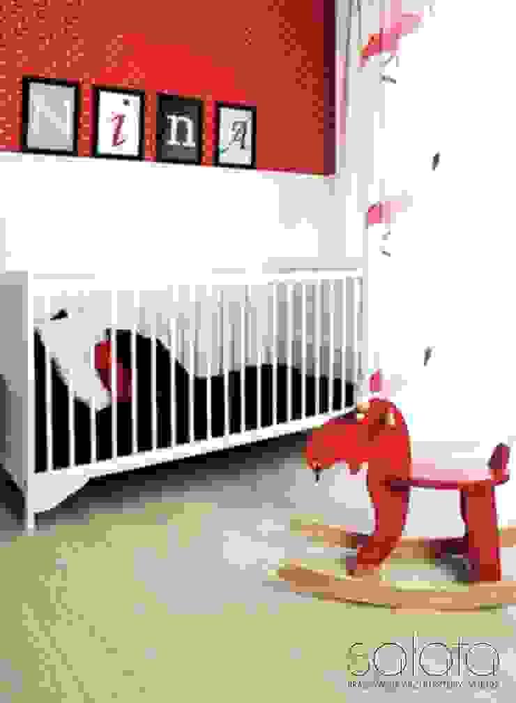 Chambre d'enfant scandinave par Sałata-Pracownia Architektury Wnętrz Scandinave