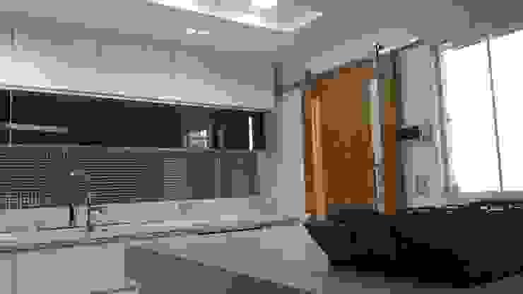 Projeto cozinha integrada ao jantar. Por Lucio Nocito Arquitetura Salas de jantar modernas por Lucio Nocito Arquitetura e Design de Interiores Moderno