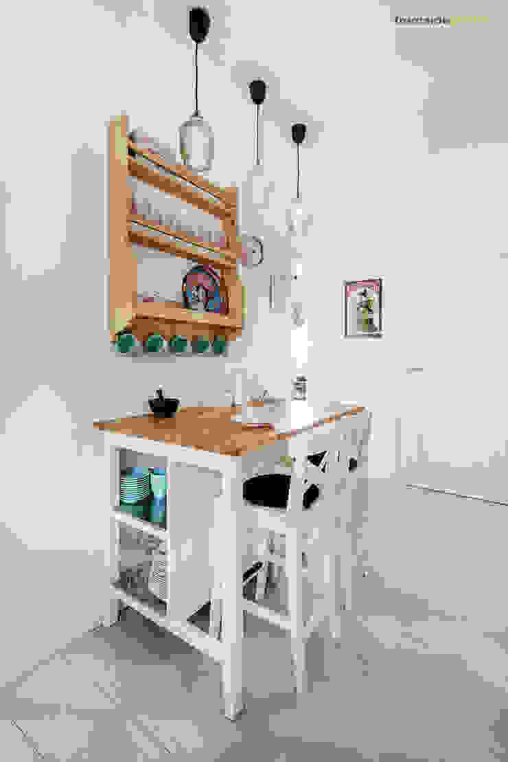Кухня в скандинавском стиле от PracowniaPolka Скандинавский