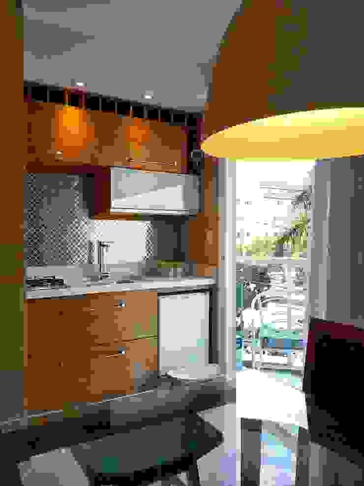 Espaço gourmet para um flat remodelado! Cozinhas ecléticas por Lucio Nocito Arquitetura e Design de Interiores Eclético