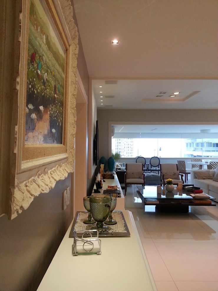Living iluminado pela luz natural. Conceito por Lucio Nocito Arquitetura Paredes e pisos modernos por Lucio Nocito Arquitetura e Design de Interiores Moderno