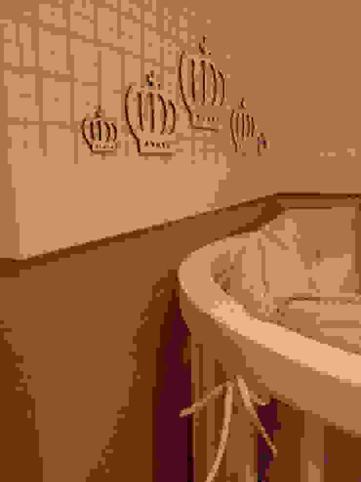 Detalhes quarto infantil Quarto infantil moderno por Lucio Nocito Arquitetura e Design de Interiores Moderno
