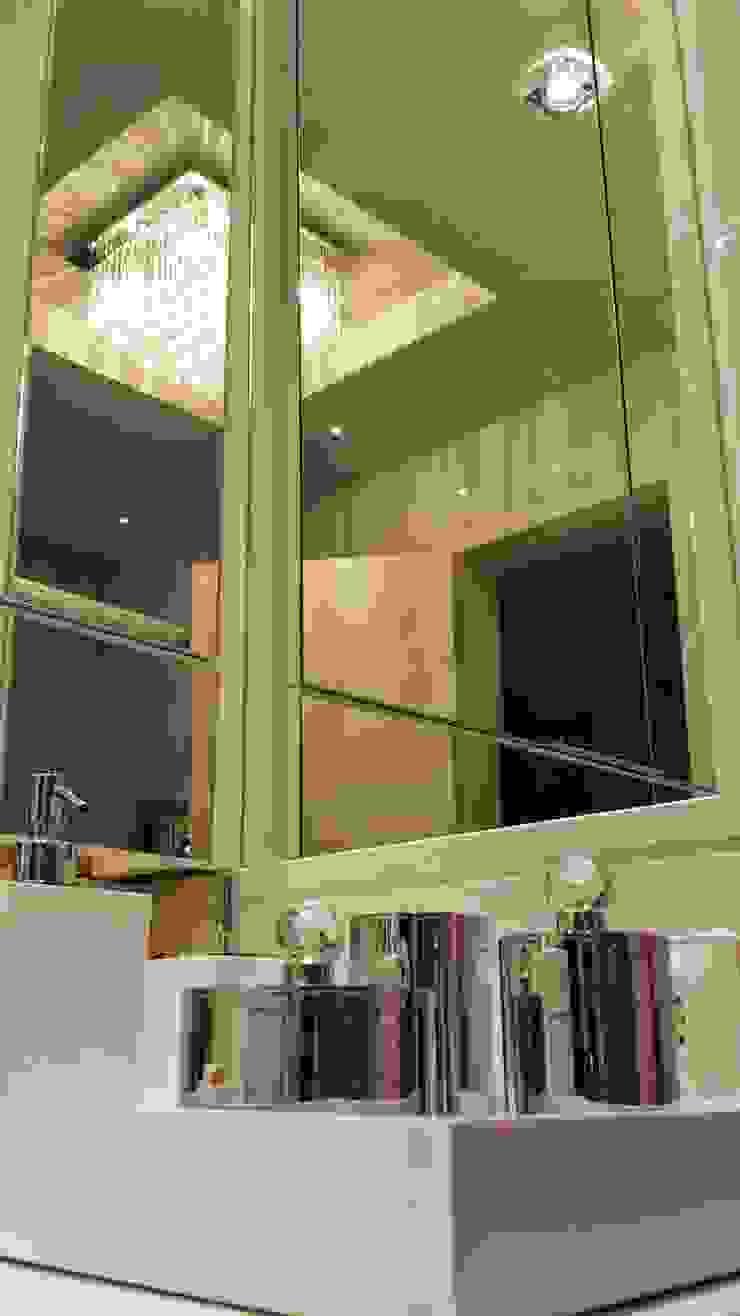 Detalhes banheiro feminino por Lucio Nocito Arquitetura Banheiros modernos por Lucio Nocito Arquitetura e Design de Interiores Moderno