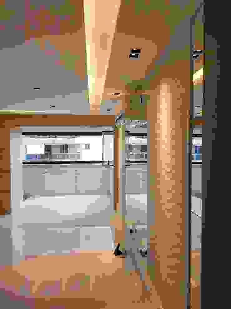 Conceito living por Lucio Nocito Arquitetura Varandas, alpendres e terraços modernos por Lucio Nocito Arquitetura e Design de Interiores Moderno