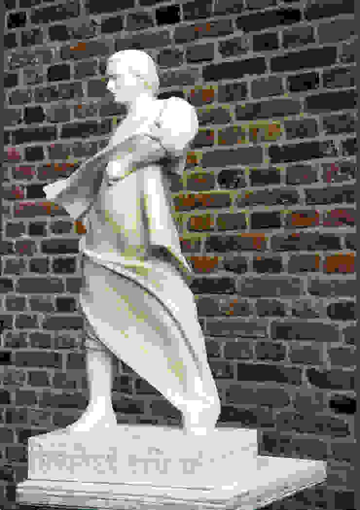 classic  by Beeldhouwerij van Velzen, Classic Limestone