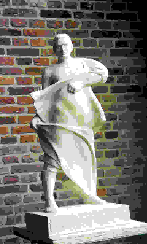 Arjuna Beeldhouwerij van Velzen Kunst Sculpturen Kalksteen Wit