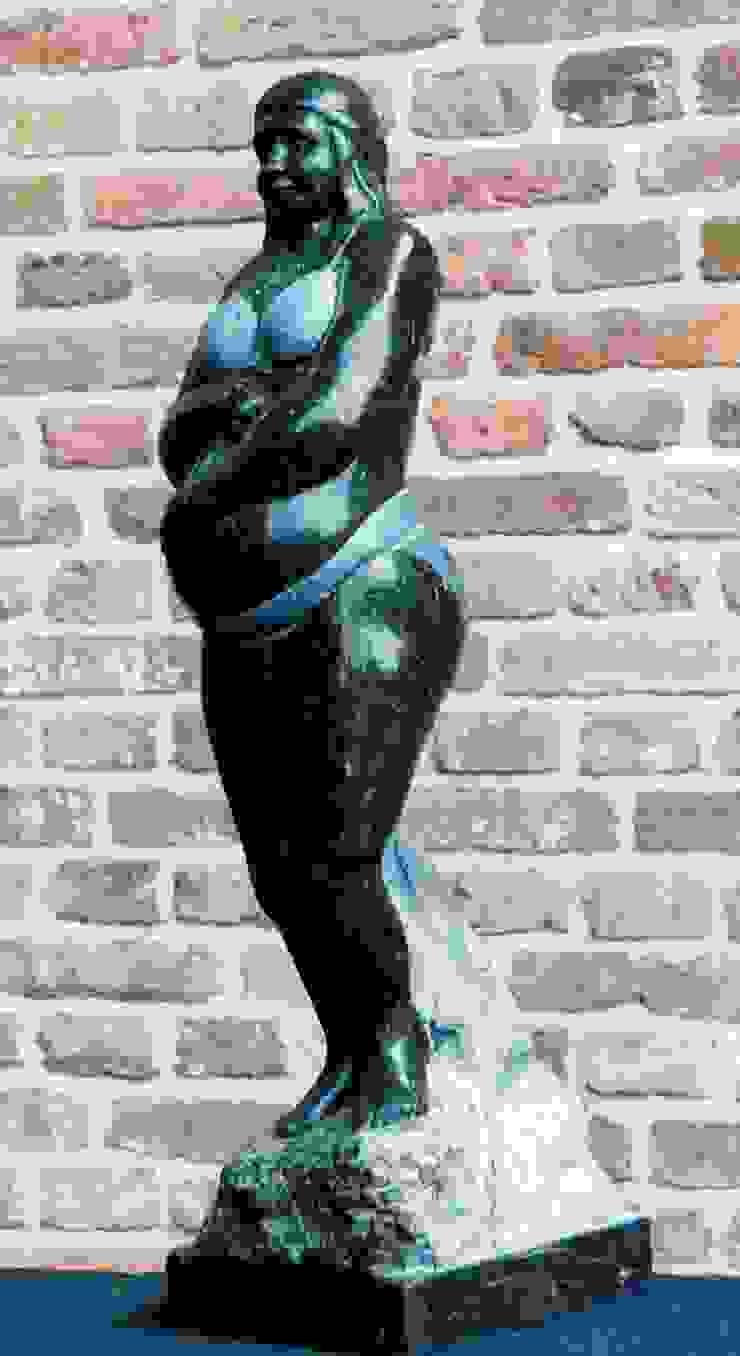 classic  by Beeldhouwerij van Velzen, Classic Stone
