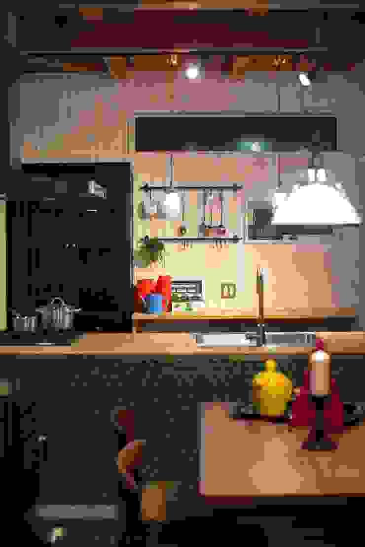 I's HOUSE クラシックデザインの キッチン の dwarf クラシック