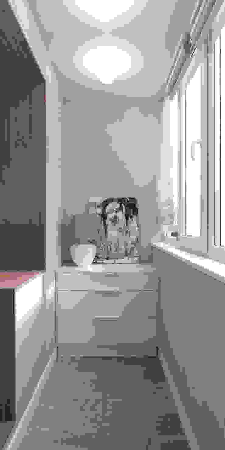 Белый лофт Балкон и веранда в стиле лофт от QUADRUM STUDIO Лофт