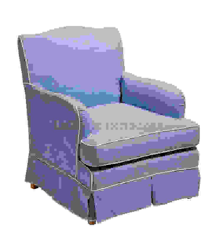 Кресло Queens Armchair A049 от LeHome Interiors Классический Дерево Эффект древесины