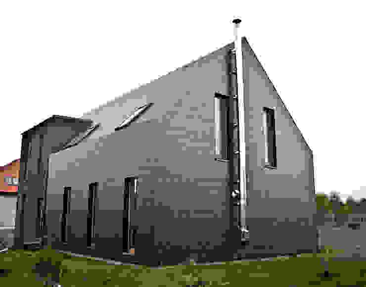 Projekty domów - House 27.1 - realizacja Nowoczesne domy od homify Nowoczesny