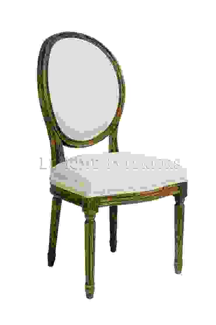 Стул Douglas Classical Chair C023/005 от LeHome Interiors Классический Дерево Эффект древесины