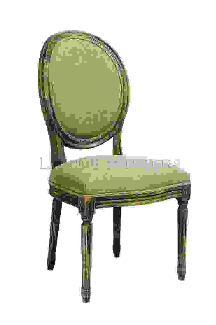 Стул Douglas Classical Chair C023/006 от LeHome Interiors Классический Дерево Эффект древесины