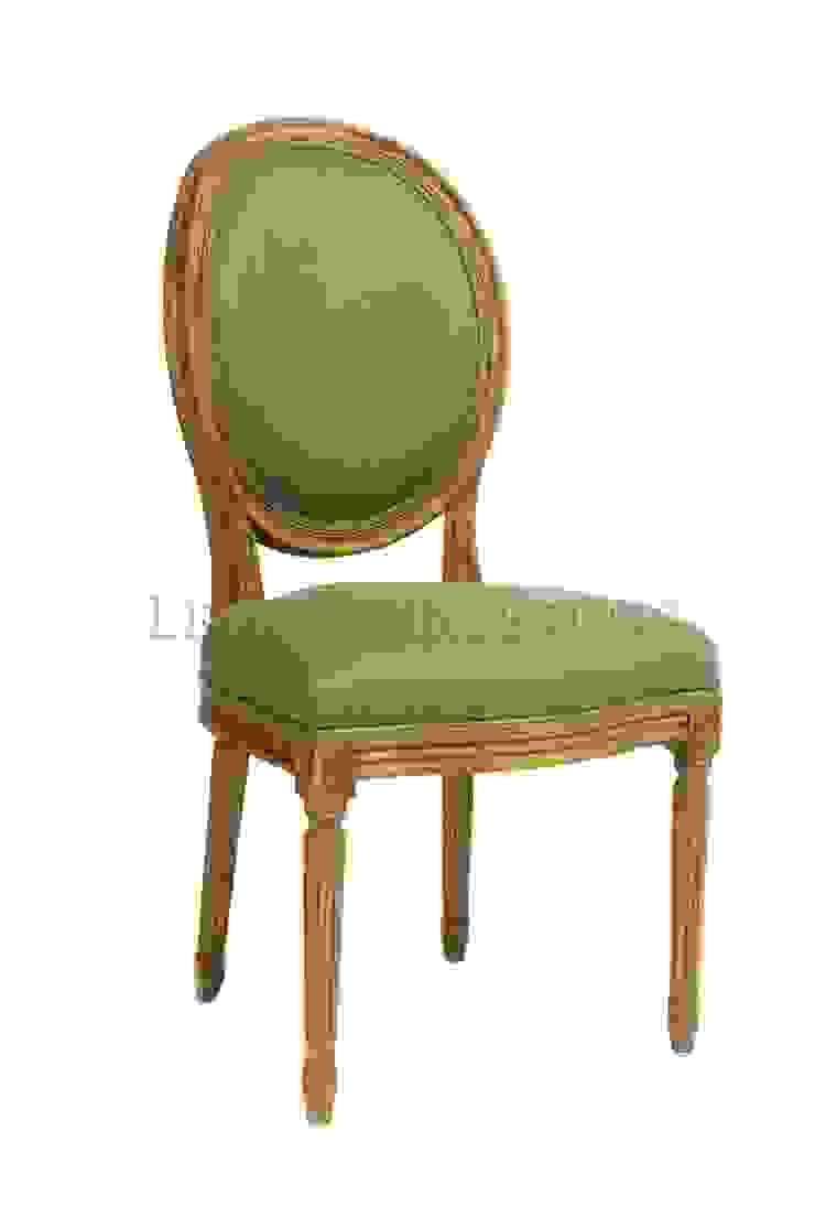 Стул Douglas Classical Chair C023/009 от LeHome Interiors Классический Дерево Эффект древесины