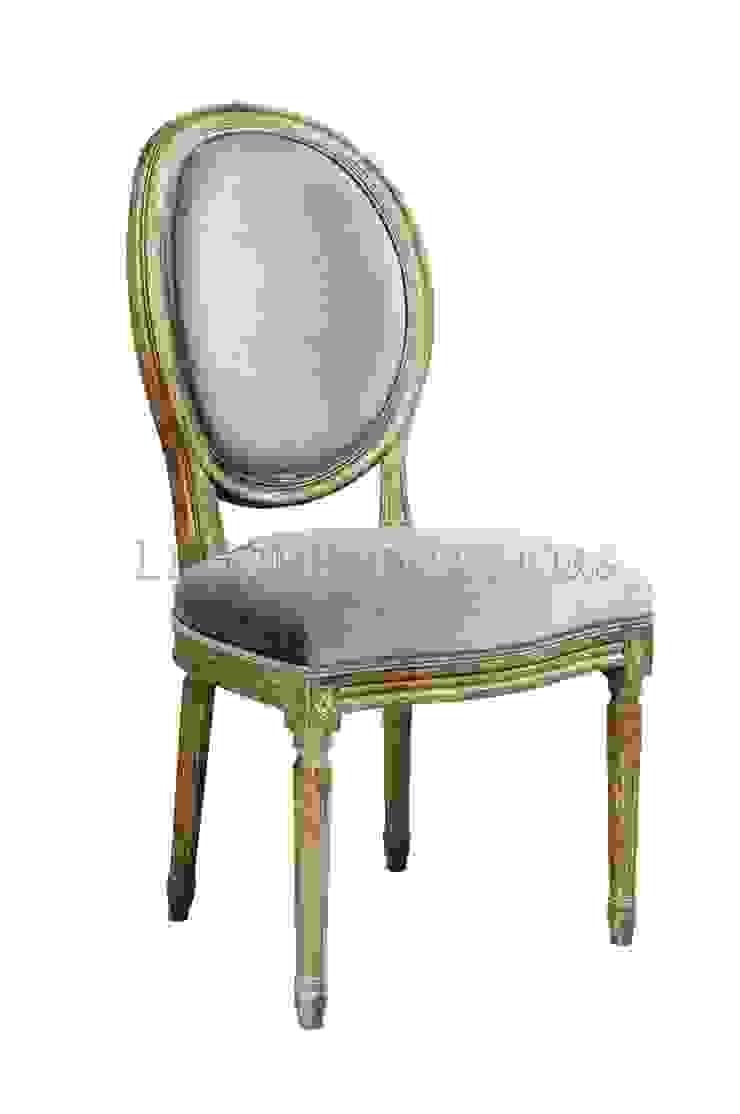 Стул Douglas Classical Chair C023/013 от LeHome Interiors Классический Дерево Эффект древесины