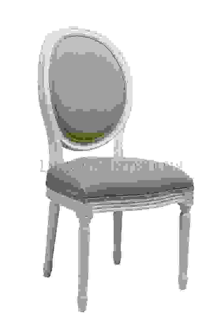 Стул Douglas Classical Chair C023/018 от LeHome Interiors Классический Дерево Эффект древесины