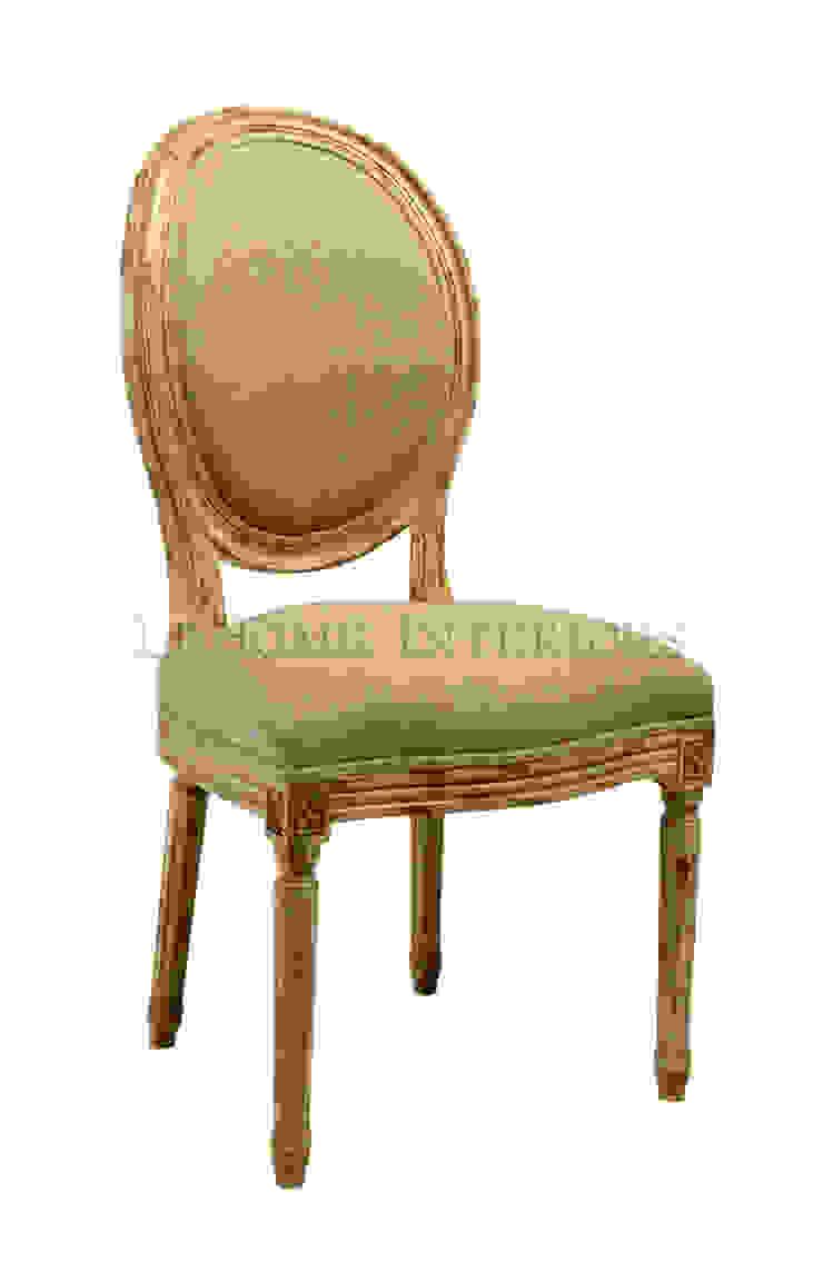 Стул Douglas Classical Chair C023/024 от LeHome Interiors Классический Дерево Эффект древесины