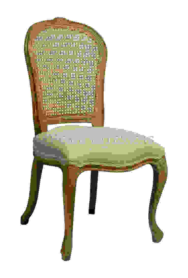 Стул Lebren Chair C063 от LeHome Interiors Классический Дерево Эффект древесины