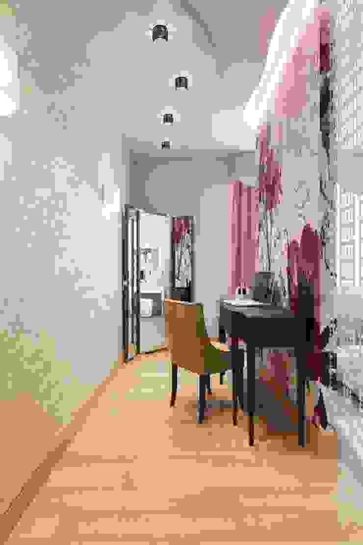ПРИТЯЖЕНИЕ ЦВЕТА Рабочий кабинет в классическом стиле от Дизайн студия Алёны Чекалиной Классический