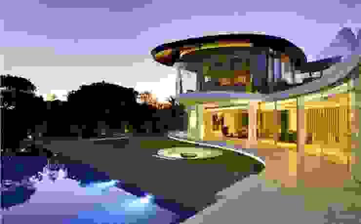 PRIVATE RESIDENCE – QUINTA DO LAGO, ALGARVE – PORTUGAL por GlammFire Moderno