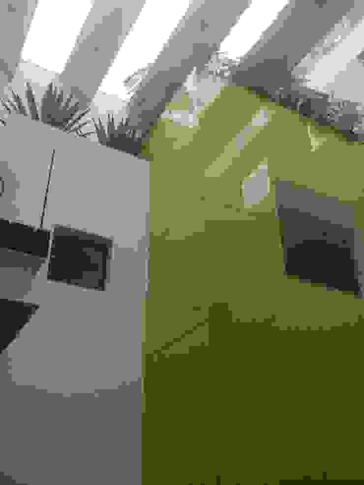 Casas estilo moderno: ideas, arquitectura e imágenes de simbiosis ARQUITECTOS Moderno