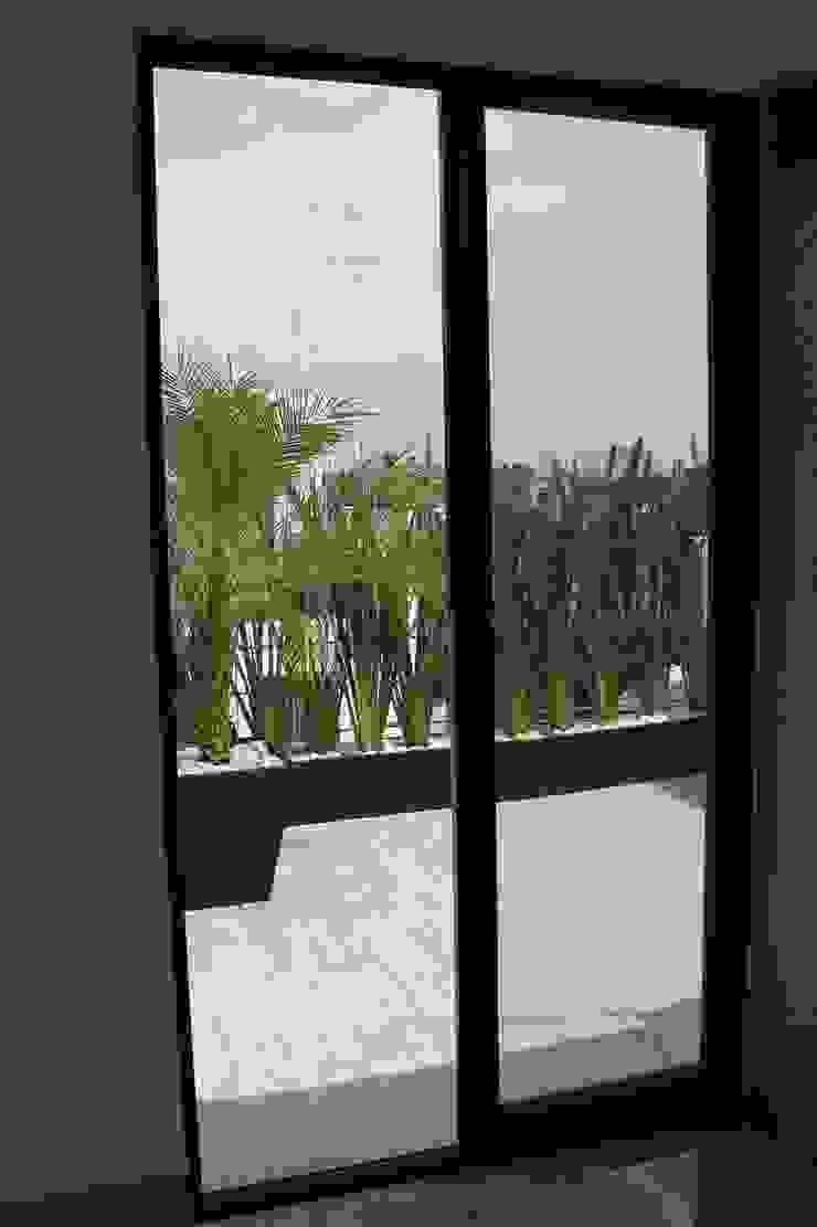 Roof Gardens Balcones y terrazas modernos de F.arquitectos Moderno