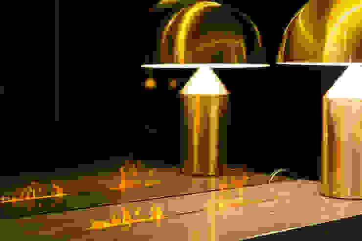 MERCADO DA PEDRA SHOWROOM, PORTUGAL por GlammFire Moderno