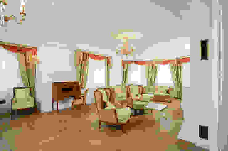 Living room by дизайн интерьера Ольга Егупова www.egupova.ru, Classic