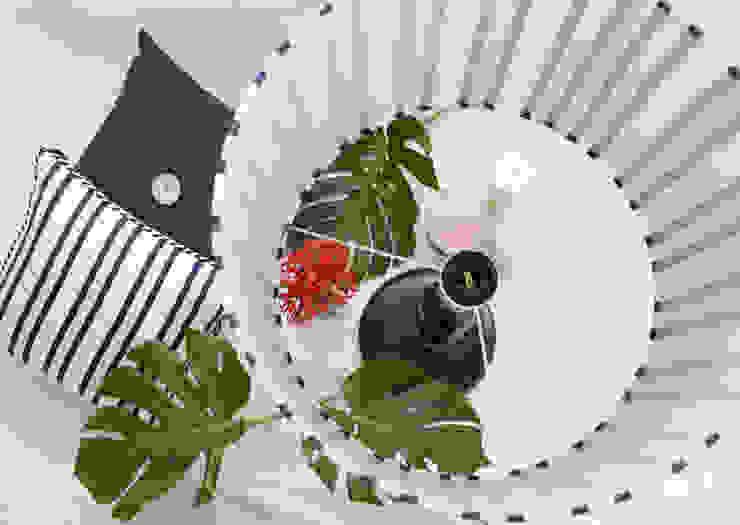 ORCHIDS LOFT by Alexandra Pedro Living roomLighting Cotton Blue