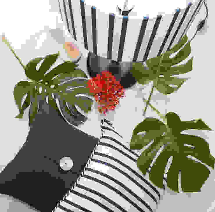 ORCHIDS LOFT by Alexandra Pedro BedroomLighting Cotton Blue
