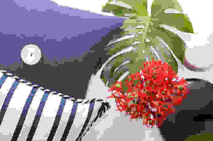 ORCHIDS LOFT by Alexandra Pedro Living roomAccessories & decoration Cotton