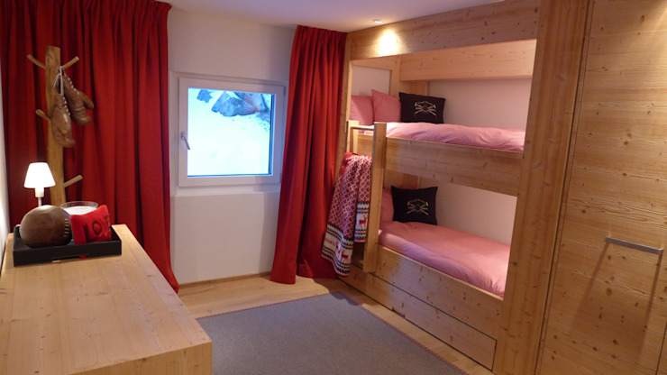 من RH-Design Innenausbau, Möbel und Küchenbau Aarau ريفي