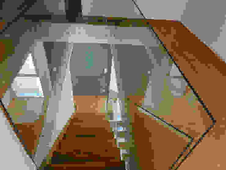 Ericeira Surf Corredores, halls e escadas campestres por ARQAMA - Arquitetura e Design Lda Campestre