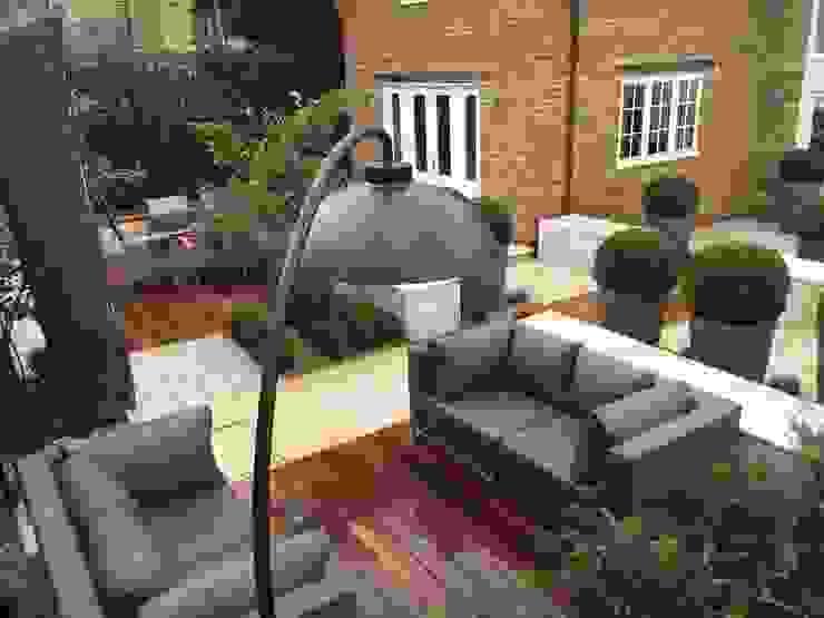 Outdoor Living Jardines de estilo moderno de Bestall & Co Landscape Design Ltd Moderno