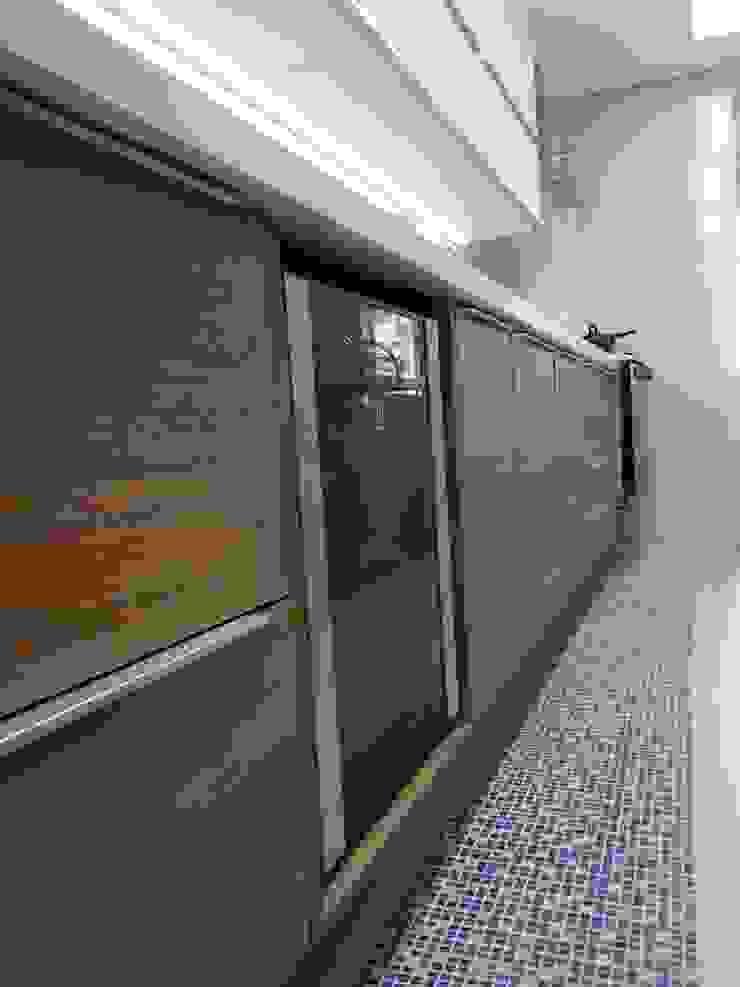 Detalhes marcenaria cozinha. Cozinhas modernas por Lucio Nocito Arquitetura e Design de Interiores Moderno