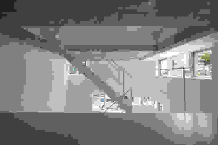 はたのいえ ミニマルデザインの 多目的室 の 山本想太郎設計アトリエ ミニマル