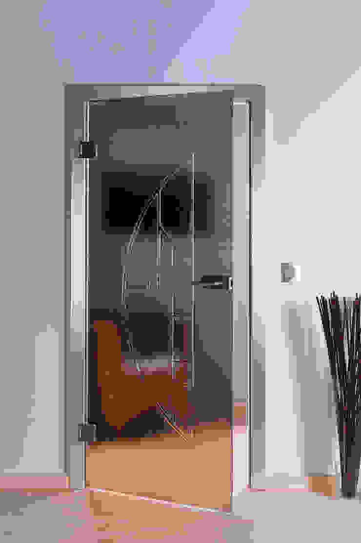 schoener-bauen24.de Modern living room Glass