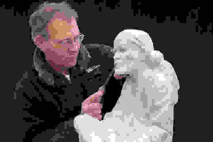 Beeldhouwer Koen van Velzen Beeldhouwerij van Velzen Kunst Sculpturen Marmer Wit