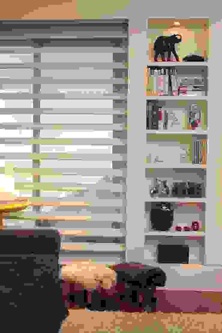 Phòng giải trí phong cách hiện đại bởi Fernanda Moreira - DESIGN DE INTERIORES Hiện đại