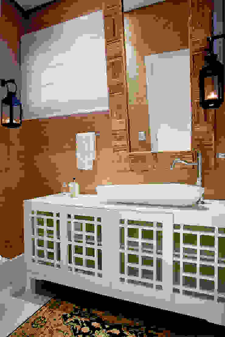 Luxo para Férias Banheiros tropicais por Karla Silva Designer de Interiores Tropical