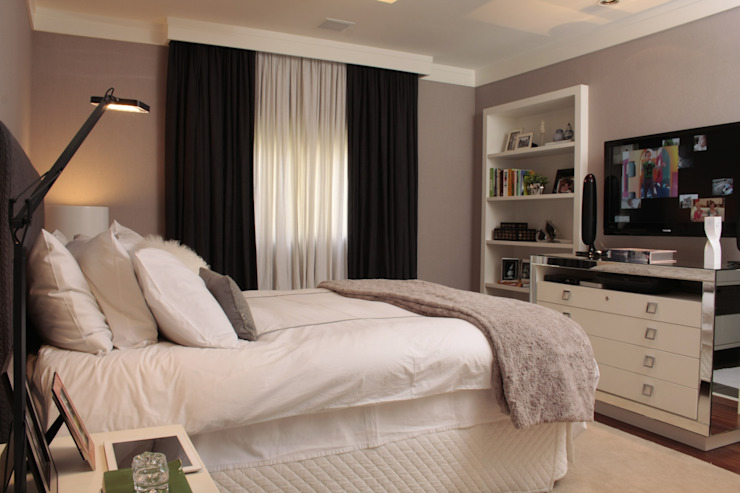 Moderne slaapkamers van Fernanda Moreira - DESIGN DE INTERIORES Modern Textiel Amber / Goud