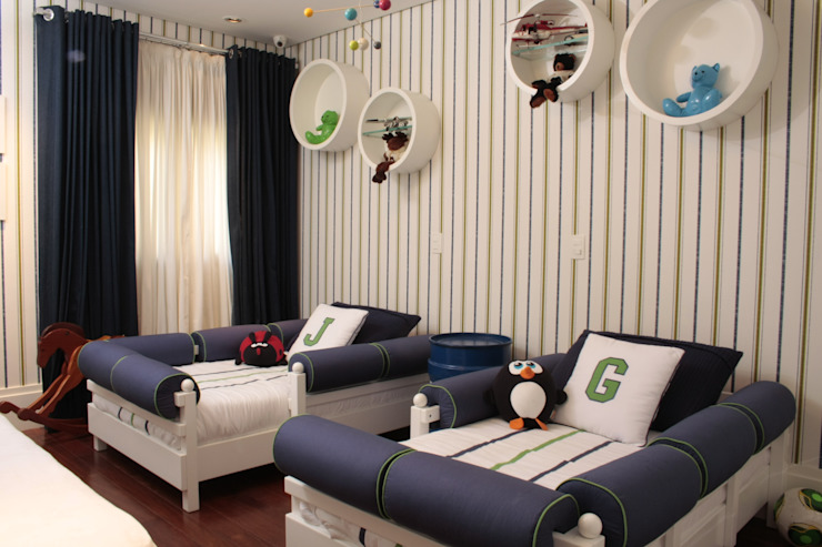 Moderne kinderkamers van Fernanda Moreira - DESIGN DE INTERIORES Modern Textiel Amber / Goud