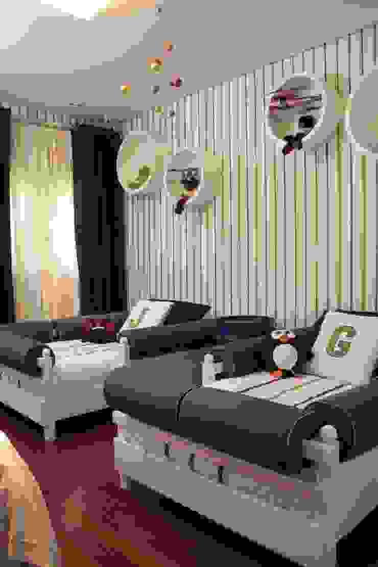 Phòng trẻ em phong cách hiện đại bởi Fernanda Moreira - DESIGN DE INTERIORES Hiện đại