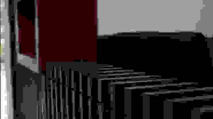 Celosía Divisoria Pasillos, vestíbulos y escaleras eclécticos de Teorema Arquitectura Ecléctico Madera Acabado en madera