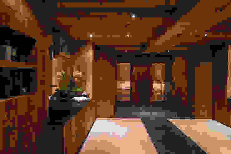 Fitnessbereich m. Sauna und Pool:  Spa von RH-Design Innenausbau, Möbel und Küchenbau Aarau,