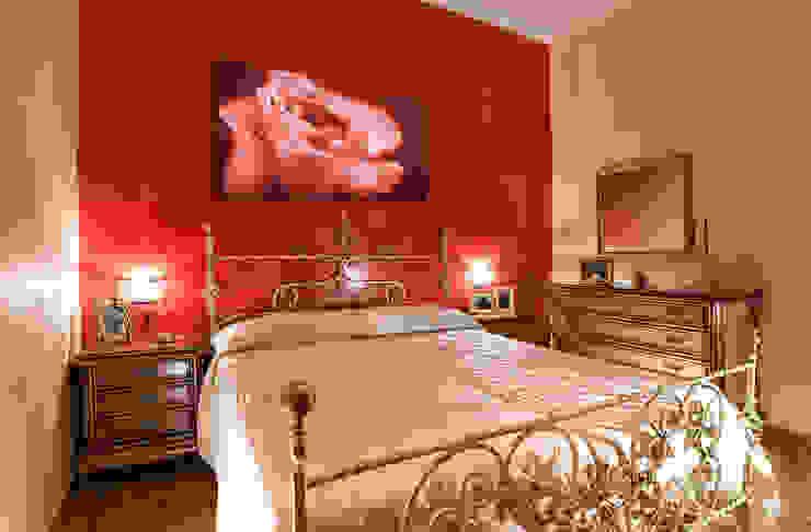 Bedroom by Katia Maniello Photography